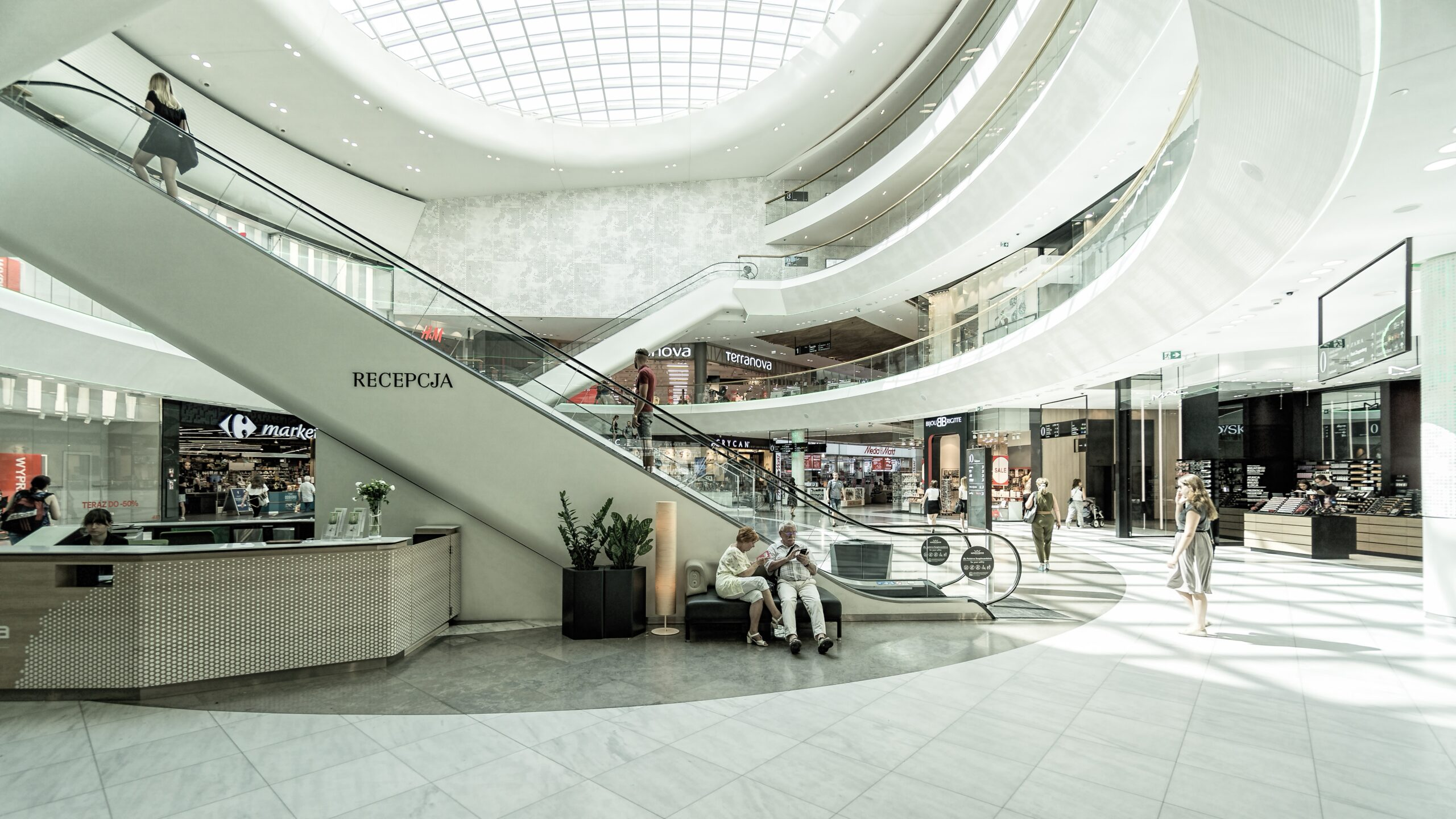 Centros y establecimientos comerciales